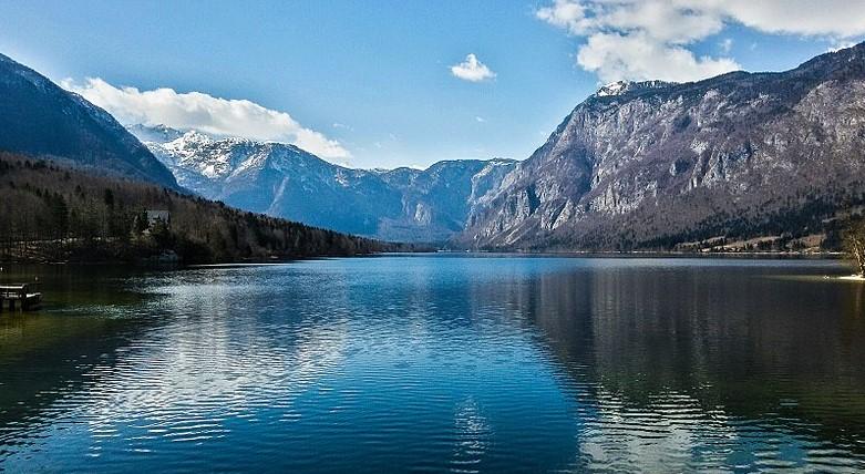 Найти красоту и чудо в озере Бохинь